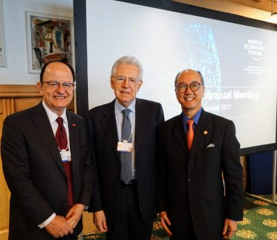 President C. L. Max Nikias in Davos with the presidents of two important partner universities: Mario Monti, former prime minister of Italy and current president of Bocconi University in Milan and Tony Chan, president of the Hong Kong University of Science and Technology. The three universities jointly operate the World Bachelor in Business program.